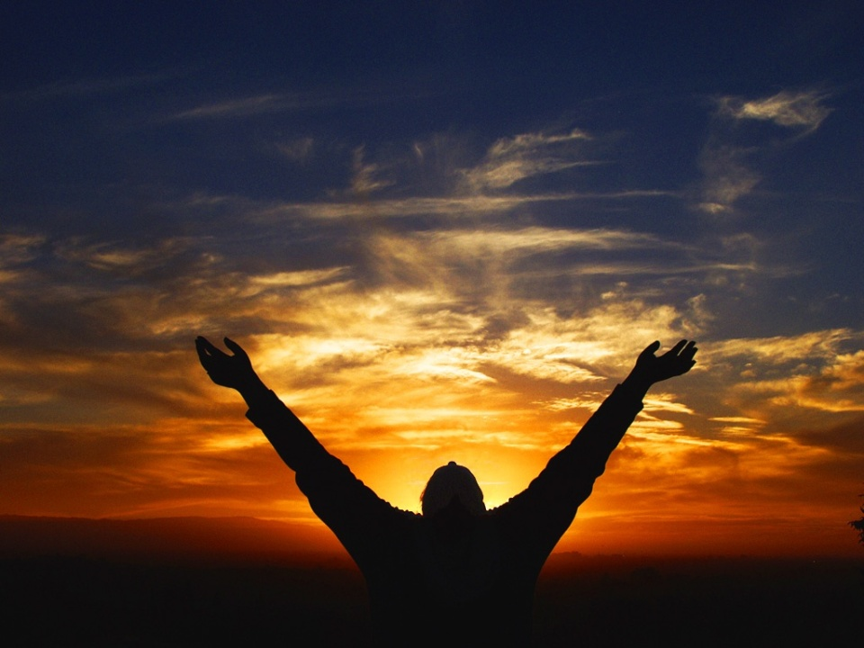 Man-worshipping-God-GiftbyGod